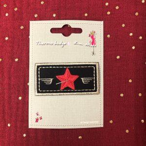 Badge thermocollant «Etoile» noir/rouge