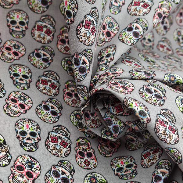 coton, tête de mort, fond gris, squelette, rose, noir, blanc, vert