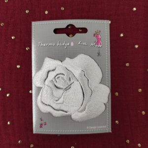 Badge écusson thermocollant rose blanche