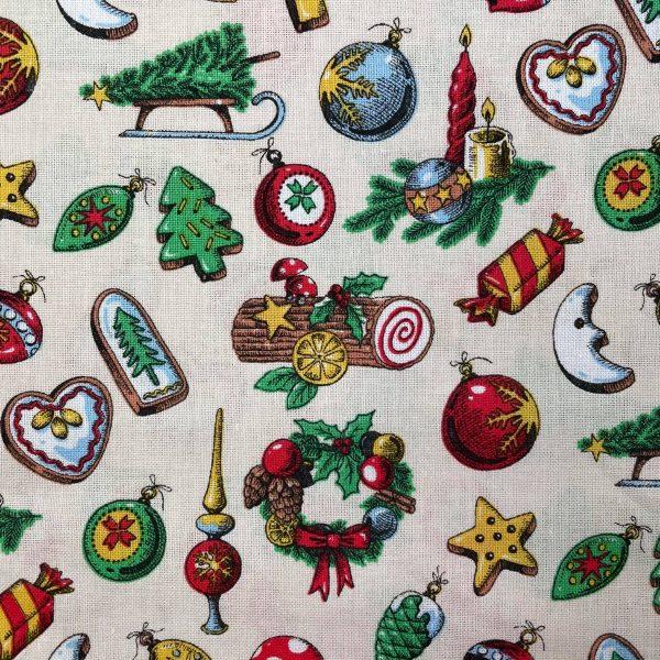 oton, noël, luge, lune, boules de décorations, buche, blanc, beige, biscuit, marron, jaune, coeur